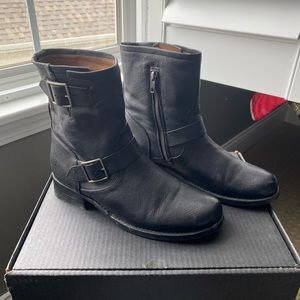 Vicky Engineer Frye Boots